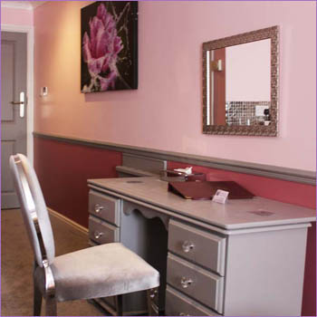 Indigo Bloom Room image 05